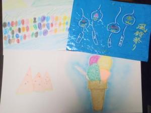 アイスクリーム、風鈴、川辺の風景